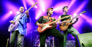 Money for nothing, banda homenaje a Dire Straits
